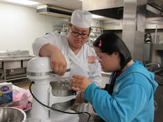 pic of culinary arts students